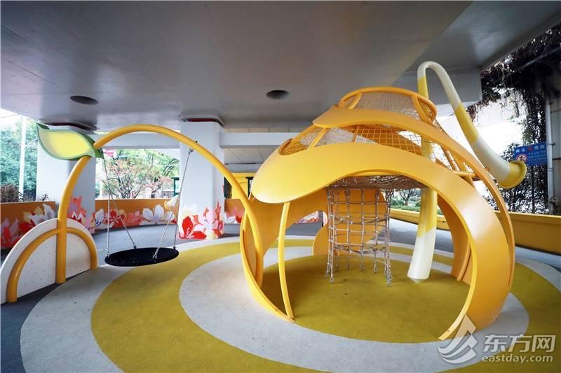 """在苏州河桥下建游乐园 上海巧用""""边角料""""探索桥下空间微更新"""