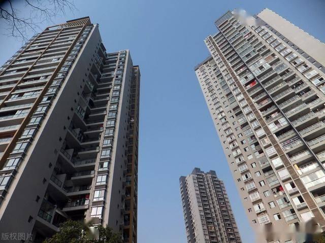 8栋住宅 10层大约能住多少人口_10-20毫升大约多少