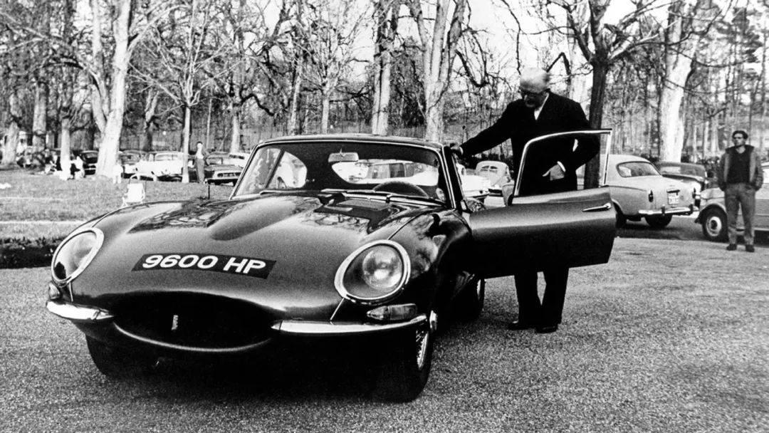 奢侈品最喜欢的招数?捷豹F型向E型诞生60周年致敬