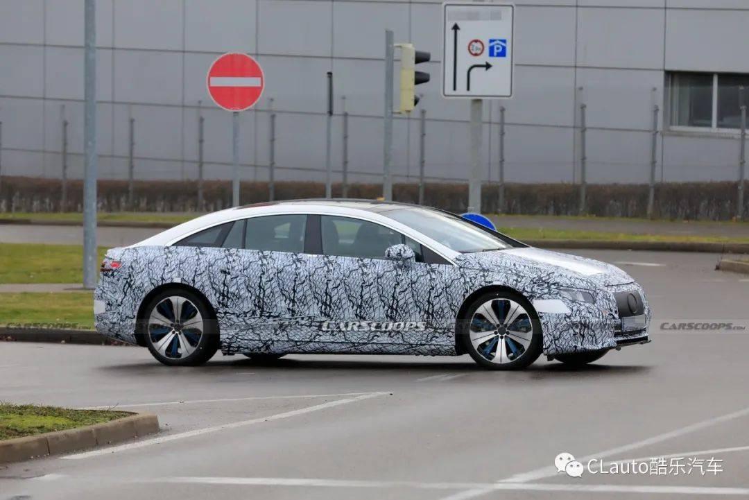 奔驰纯电步伐加快,EQS旗舰电动轿车将发布 | 酷乐汽车_车顶