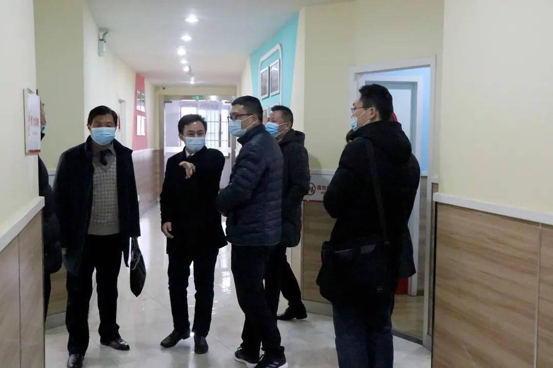 肥西县党委委员、督学汪海波一行到翰林潜山路校区走访检查指导工作