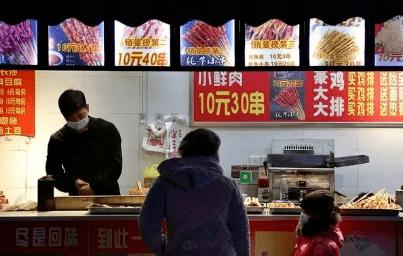 """烧烤摊上6种""""隐形贵菜"""",很不划算,老板:识货的人都忽略不拿"""