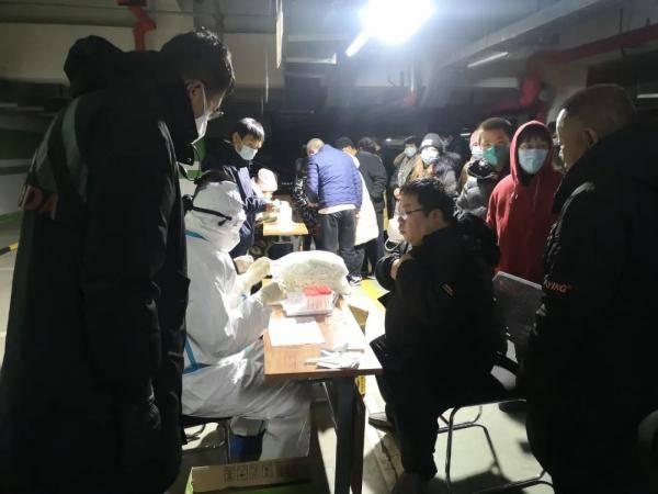 全国各地支援石家庄的医疗人员达3470人
