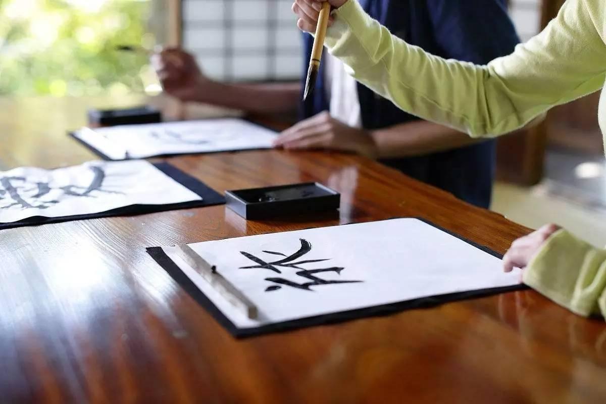 """""""印刷体""""作文走红,老师称:妥妥加分项,有三种字迹易扣分  第9张"""