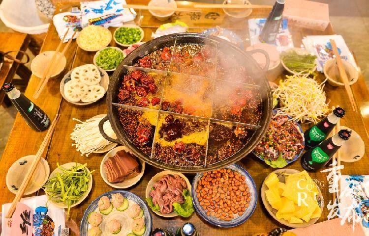 腊肉、卤鹅、麻辣鸡块、板鸭……重庆人必备年货
