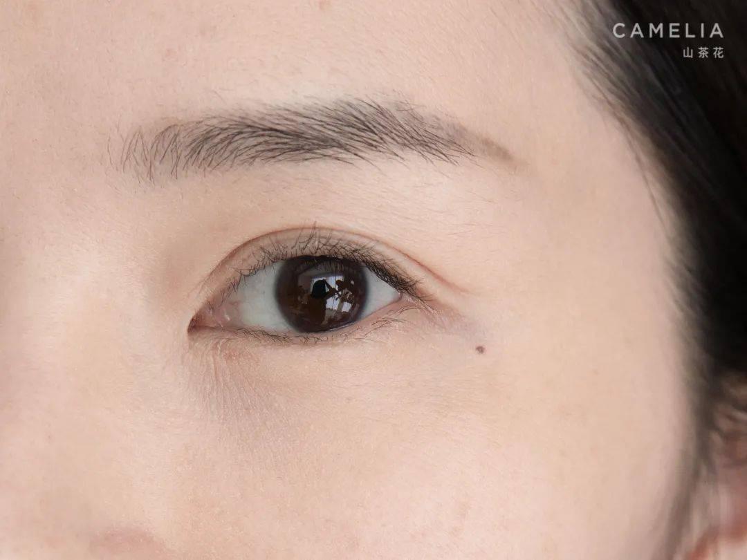Moxin|眼睛里有光的女士 真的特别迷人