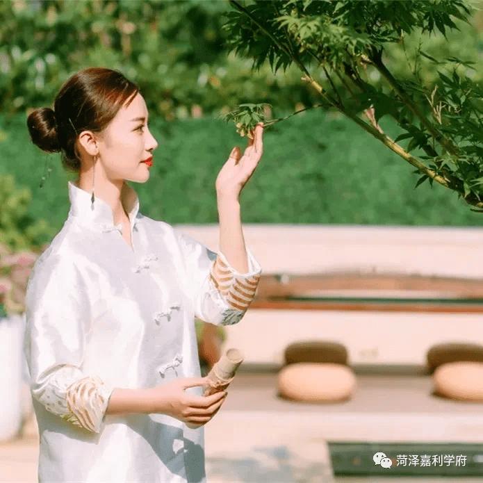【嘉利学府】一草一木见匠心,七重立体园林艺术,尽享世外桃源般