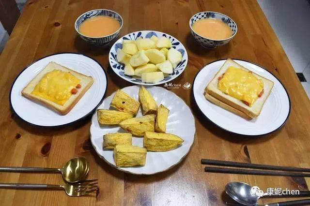 这对夫妇在Aauto Facter的早餐好吃又方便,价格实惠,营养又美味,吃起来很舒服
