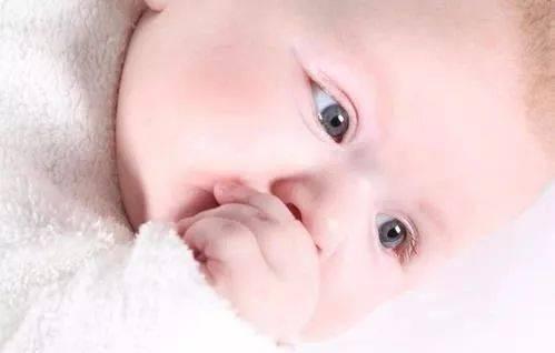 宝宝出现以下5个症状,暗示身体不舒服了!