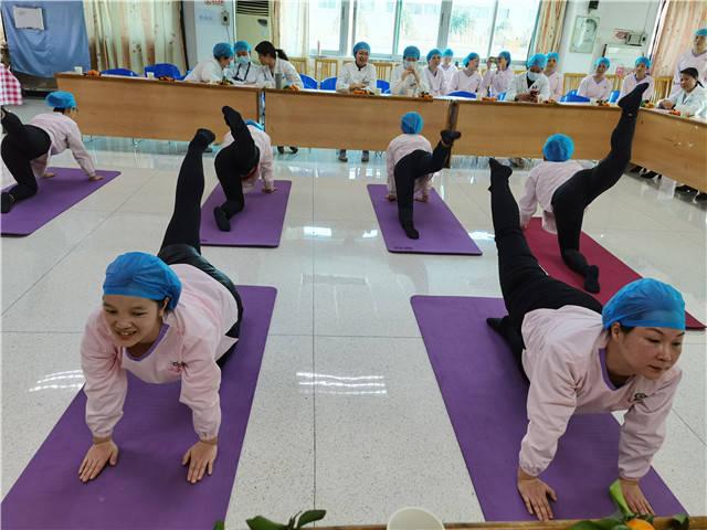 """中山""""母婴护理师培训班""""结业,34名学员展示学习成果"""