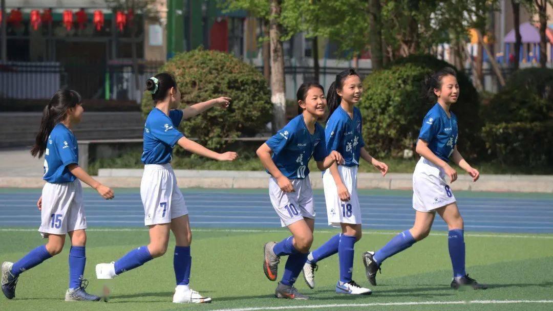 青少年足球联赛_北京市青少年冰球联赛_2018亚洲青少年冰球联赛总决赛