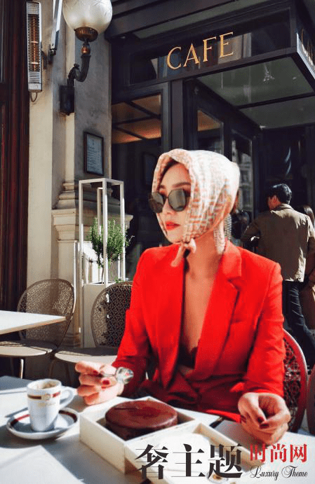 【奢生活】时尚博主刘闻雯,时尚是一种艺术表达方式更是一种内心力量