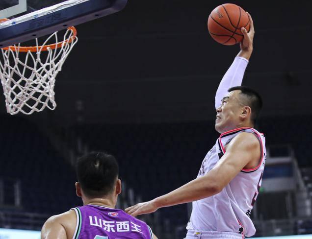 CBA最新1期排名微变:辽宁第7山东跌倒第十 广东新疆最稳了