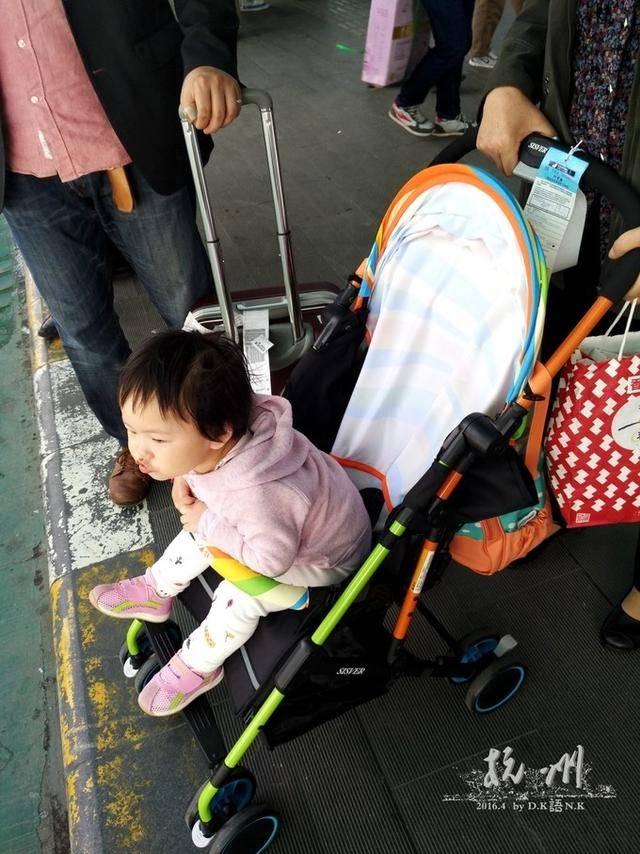 儿童机票价格怎么算(大人带儿童机票怎么订)