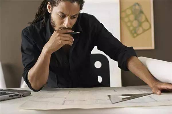 不上班的23种活法(十个在家最挣钱的工作)