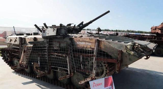 """反应装甲虽好却不敢用,叙军装甲车要提高防护,还是得靠""""栅栏"""""""