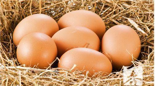 鸡蛋怎么腌好吃又出油(7天快速腌制咸鸡蛋方法)