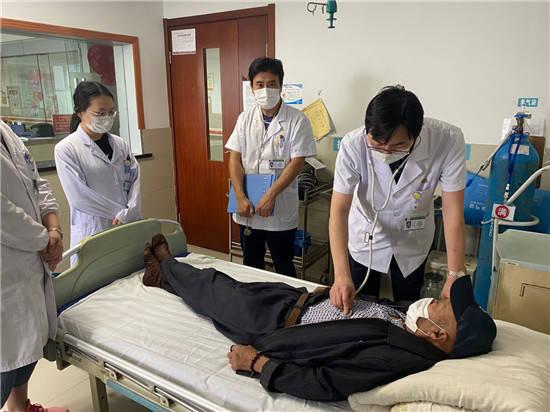 """海安市城東鎮中心衛生院讓低收入患者就醫有""""醫""""靠"""