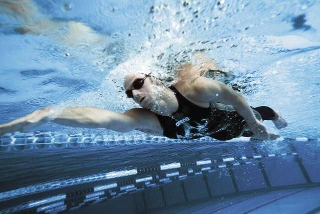 女士专业游泳衣什么牌子好(国际性价比最高的5款游泳衣) 网络快讯 第4张