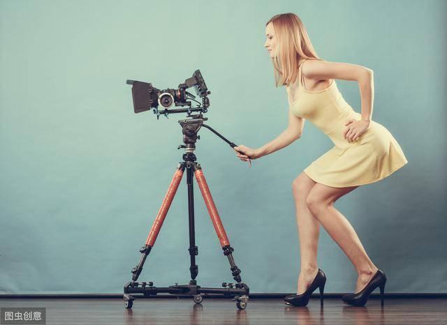 拍短视频怎么赚钱(刷视频一天赚四五百块的8种方法) 网络快讯 第1张