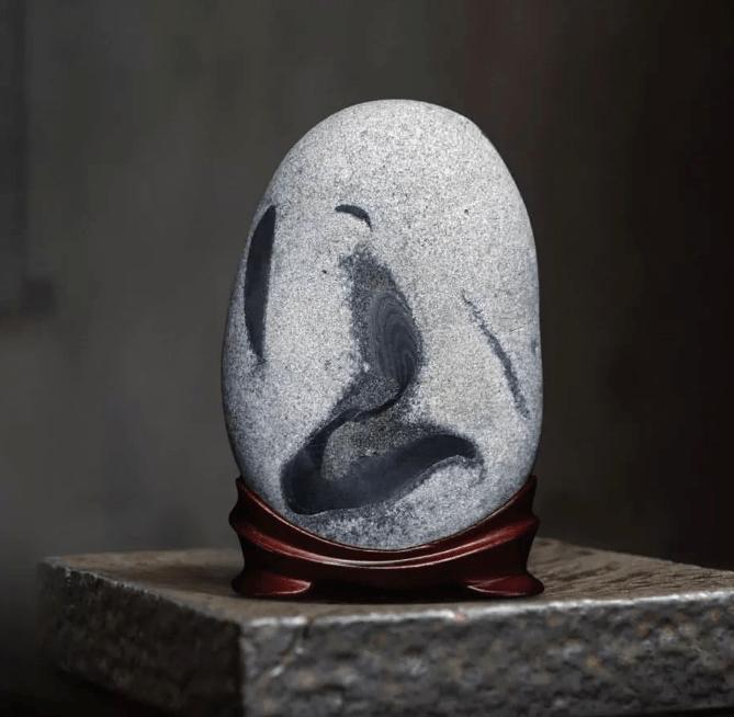 """成都惊现""""国宝奇石"""" ,你猜值多少钱?"""