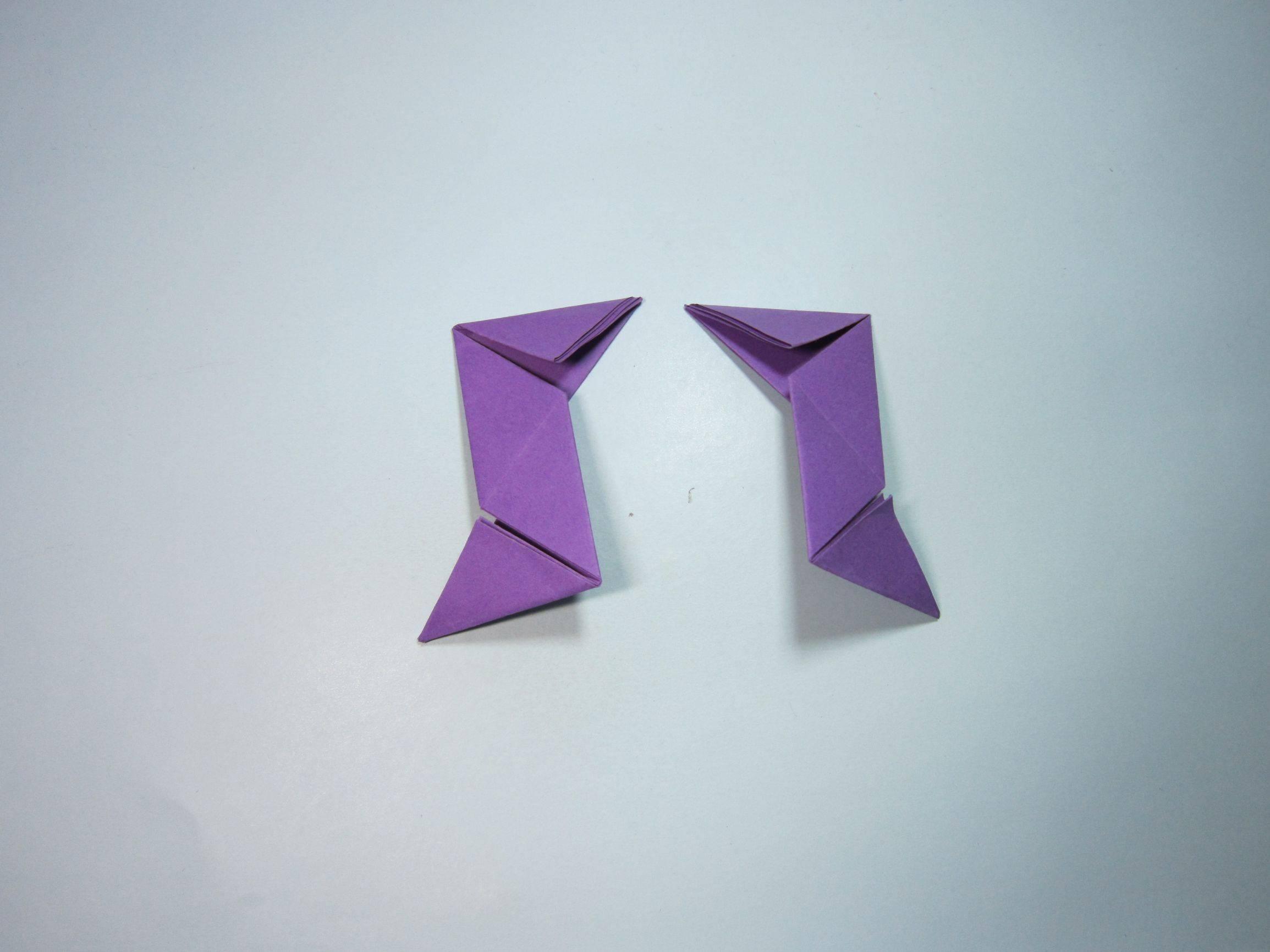 三角飞镖怎么折7步(简单飞镖的折法步骤图解)插图(6)