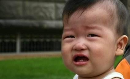 2岁男童不吃饭只喝奶 奶奶偷尝一口 得知原因对儿媳大打出手-家庭网