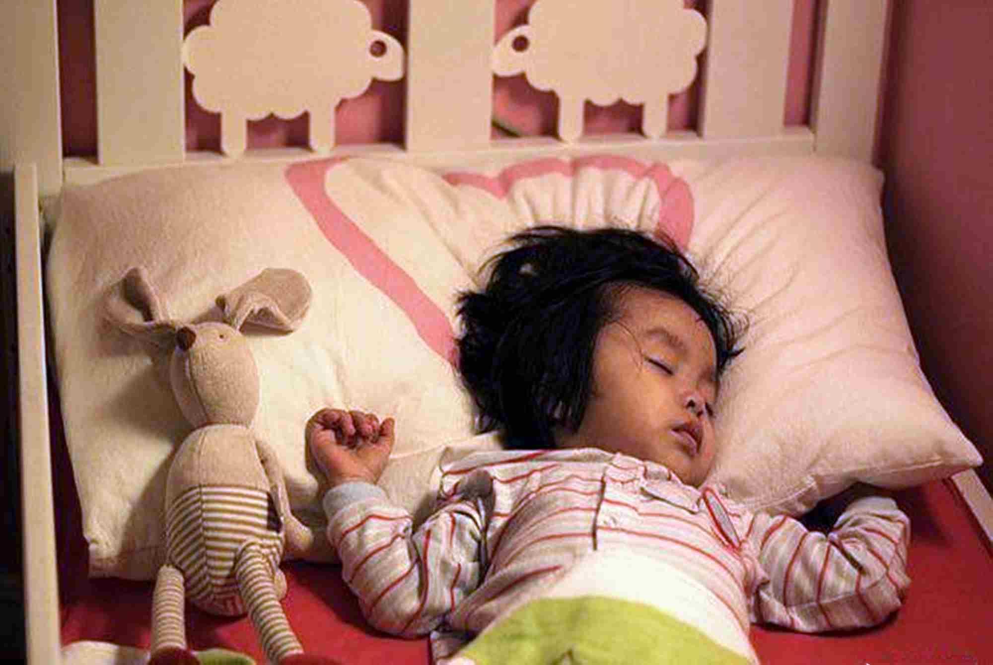 张文宏:初中生每天要睡9小时,高中生睡8小时,乐了孩子愁坏家长