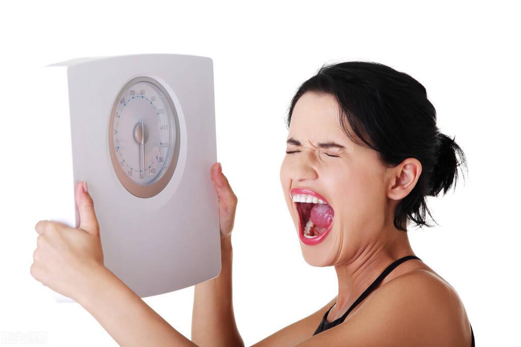 体脂率不再下降怎么办?4个方法突破瓶颈期,让身材继续瘦下来