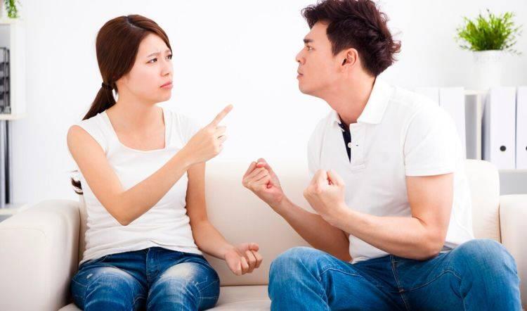 """娃出生后,老公嫌老婆花钱太多要实施""""AA制"""",很快被现实打脸"""