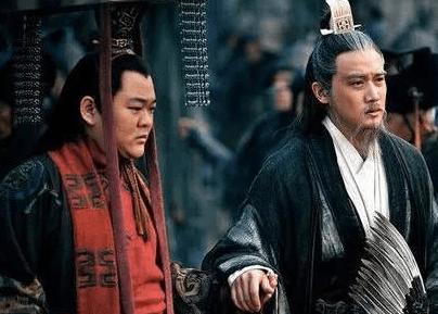被评价为世之枭雄的刘备,为什么儿子刘禅说成扶不起的阿斗?