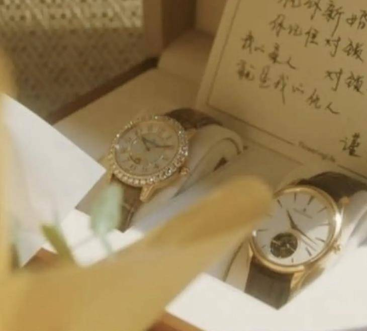 《流金岁月》低调炫富,刘诗诗全身名牌,陈道明给倪妮送了一套房