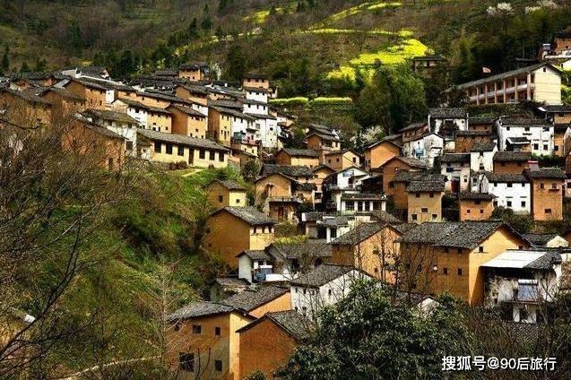 安徽鲜有人知的小山村,两万元就能买栋土楼,风景秀丽鲜为人知