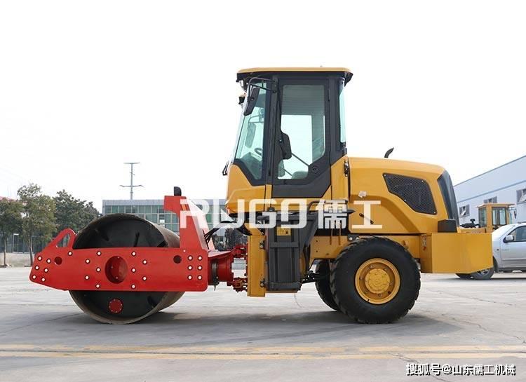 6吨座驾压路机哪种好?双钢轮座驾压路机VS前钢