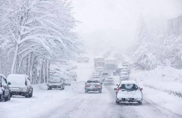 必备冬季胎?冰雪天气行车贴士