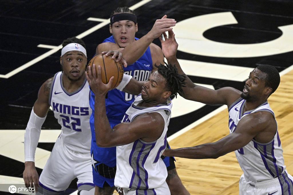 NBA常规赛今日继续进行,戏法主场迎战国王