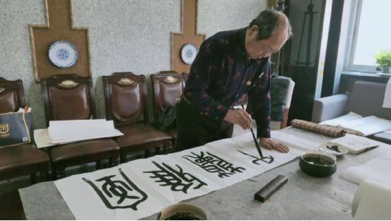 内蒙古书法家李朝平创作书法作品迎新春