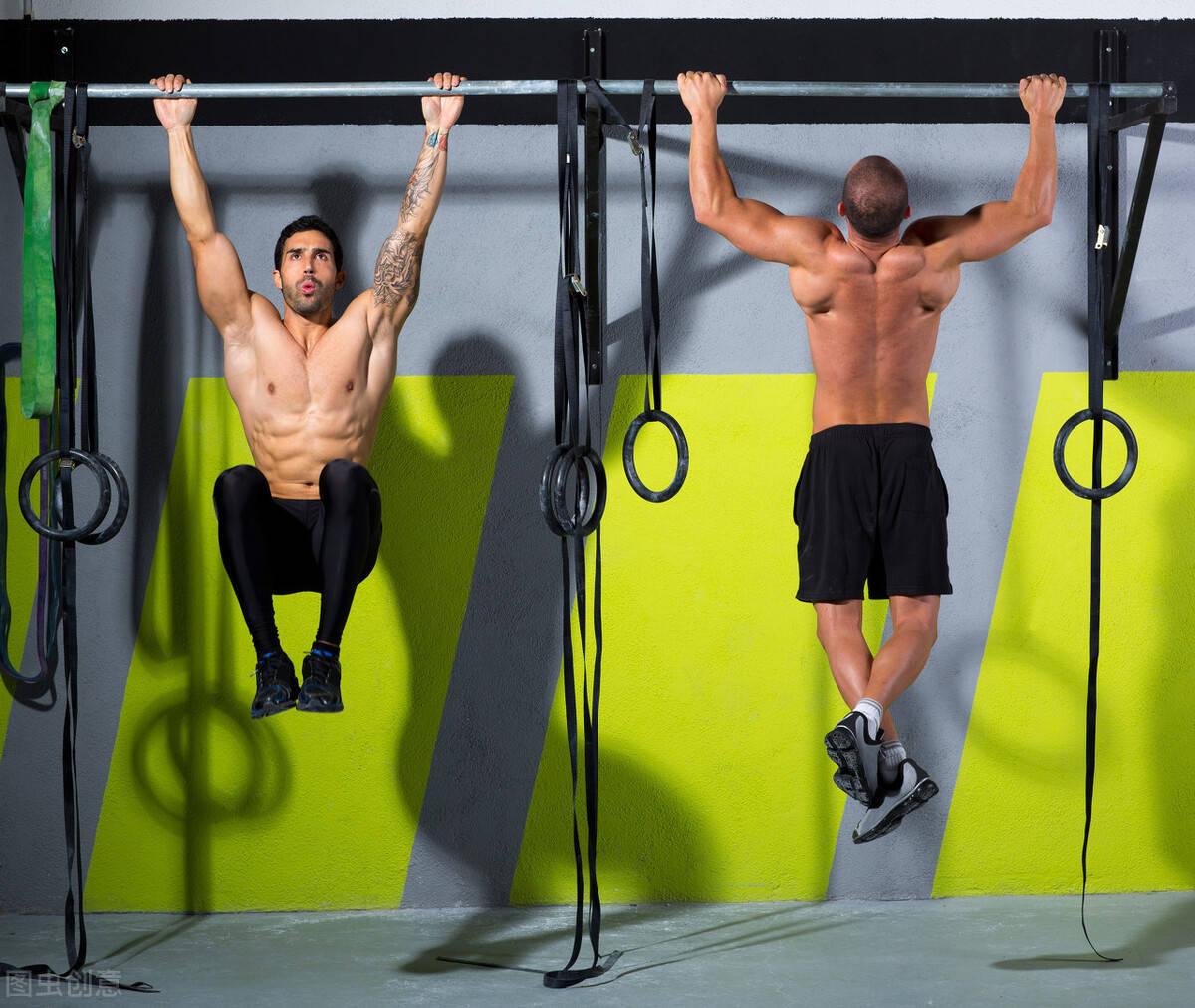 斗牛牛游戏在线:一组练背训练动图,雕刻背肌线条,练出男人的蝴蝶翅膀!