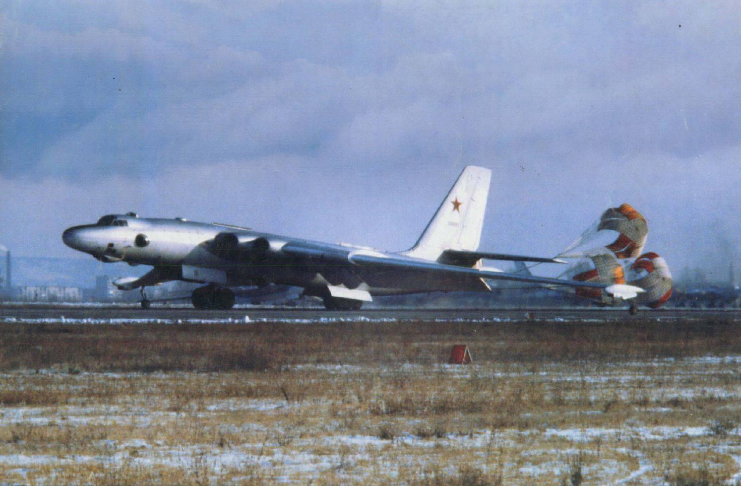 用牛来命名的武器多如牛毛,单是俄罗斯,就有2种战略轰炸机