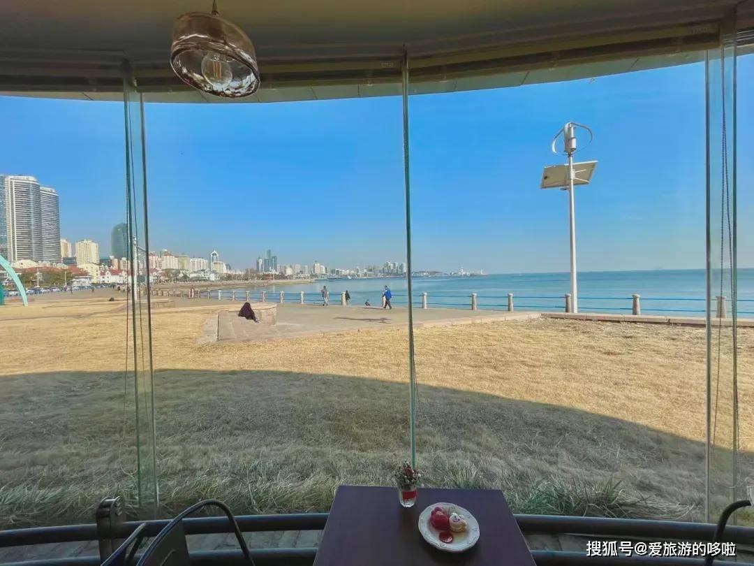 突然火了!青岛这家开了23年的海景咖啡店,你知道吗?