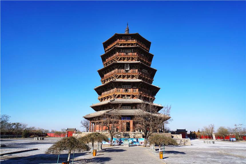原创             山西有个木塔,高67米,是世界最高木塔,和巴黎埃菲尔铁塔齐名