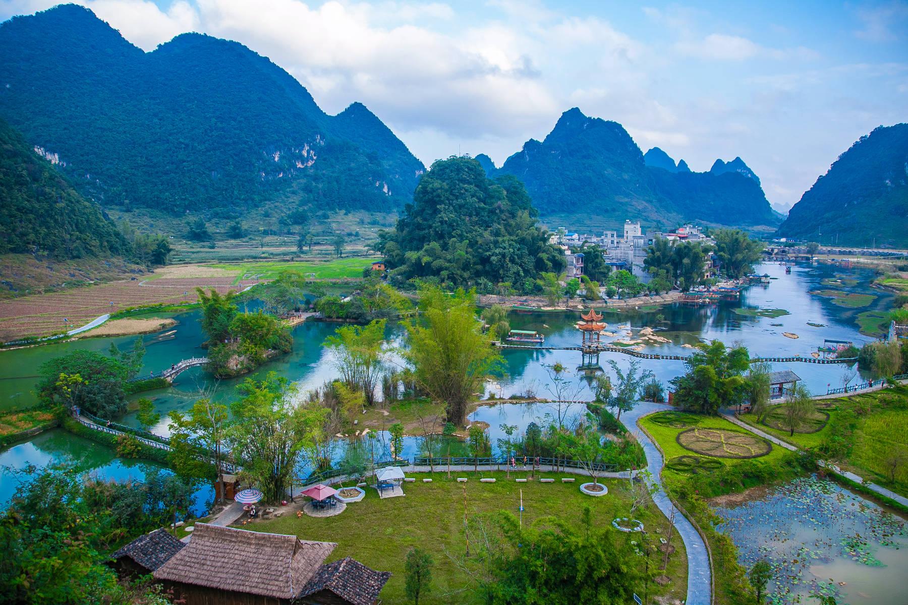原创             广西适合养老的低调小城,比南宁安逸,比桂林秀美,住下不想走