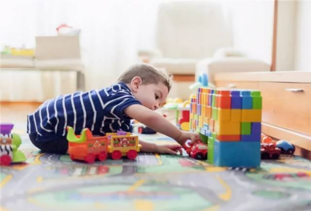 几类被列入黑名单的玩具,家长还在买,孩子的安全可能遭受威胁