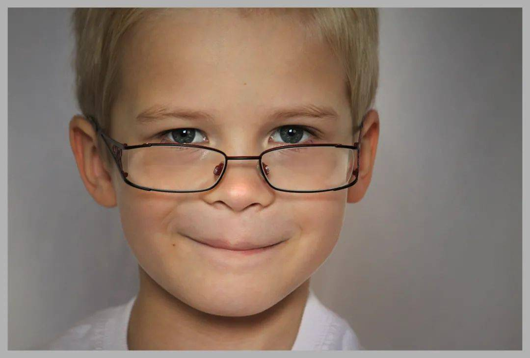 狐大医 | 孩子患上这种眼科疾病危害远大于近视!一个小游戏帮助家长辨认