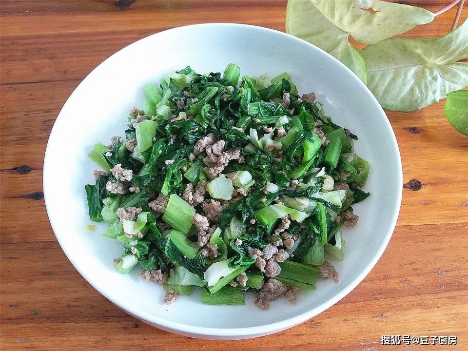 春天别放过此菜,2元1斤,明目通便止咳化痰,和肉末一炒,下饭。