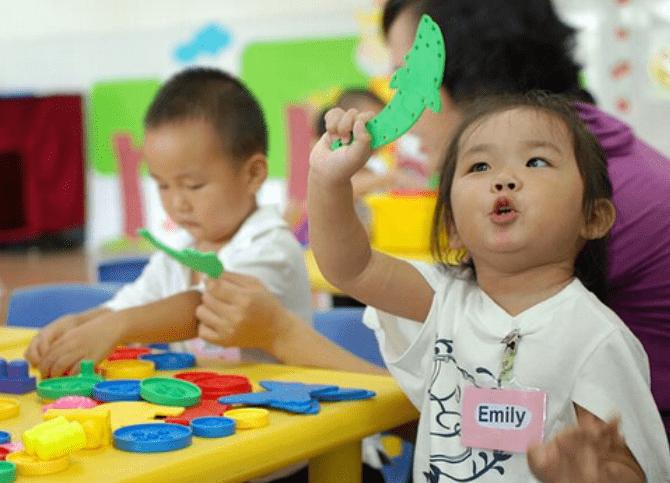 """幼儿园""""吃香""""的3种孩子,老师都赞不绝口,多半是家长教育的好"""