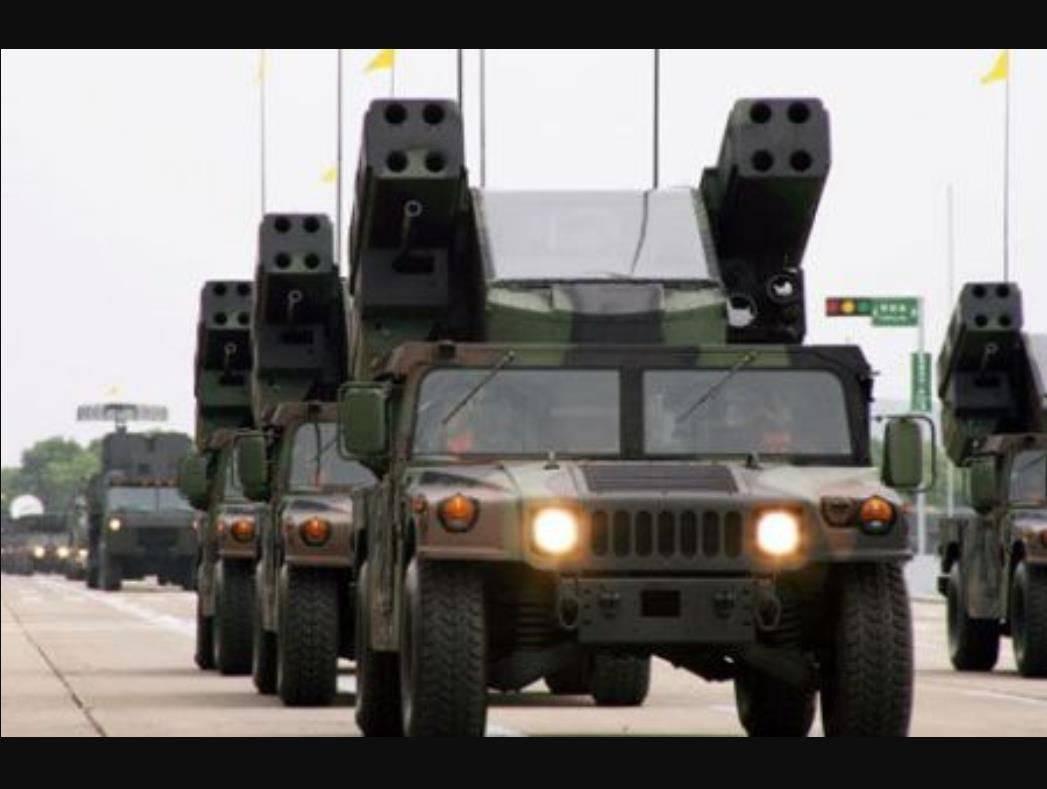 """""""白宫守卫者""""现身叙利亚,美军惧怕无人机袭击,各种武器齐上阵"""