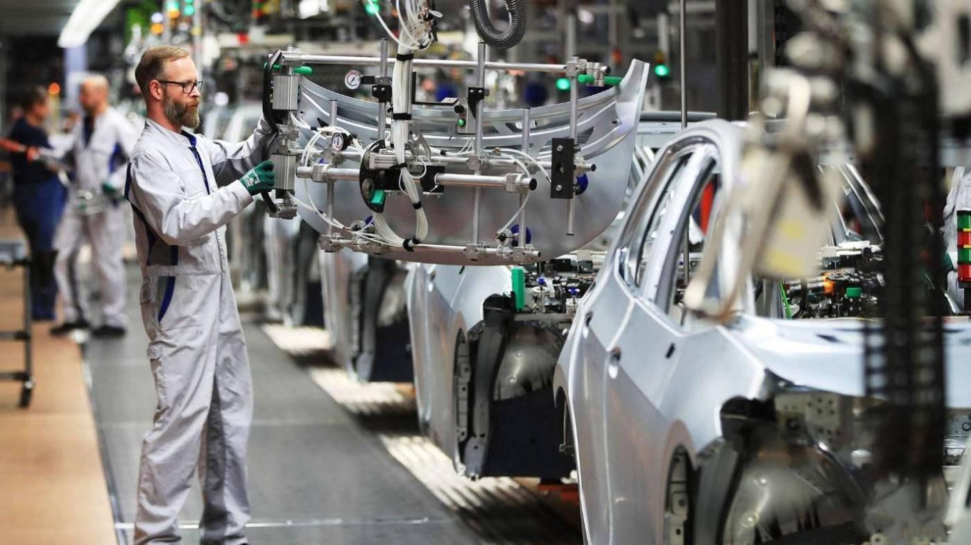 原车代工:利润下谁会选择自己造车?