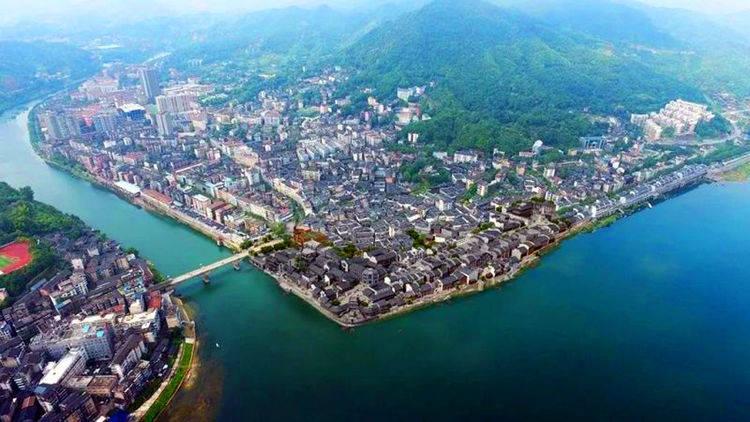 """湖南怀化一个""""区"""",位于沅江和巫水交汇处,有明清古商城景区"""