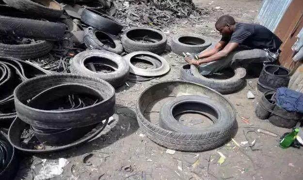小伙花光所有钱买旧轮胎被人嘲笑,而三个月后的他却令人羡慕